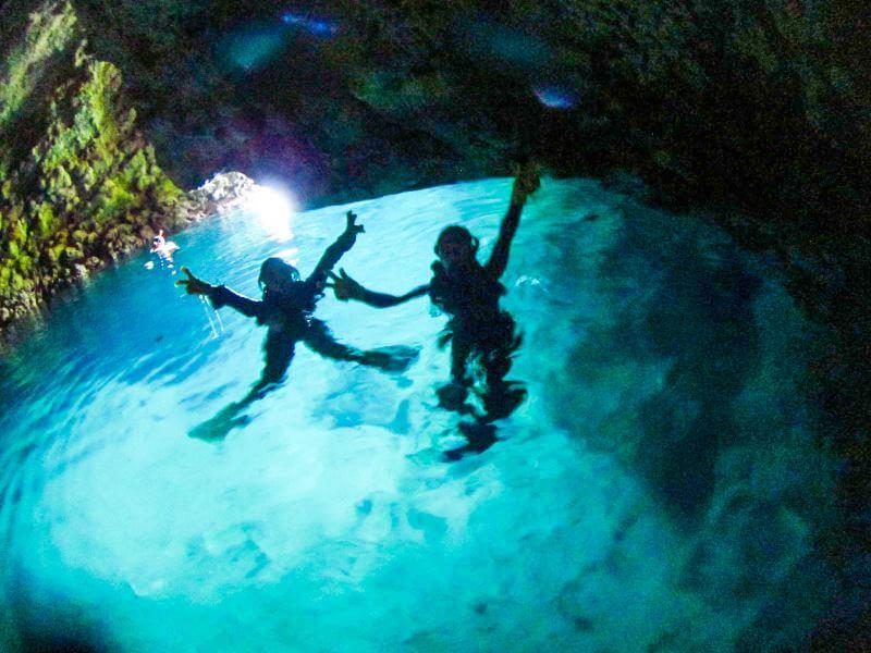 青の洞窟で撮影